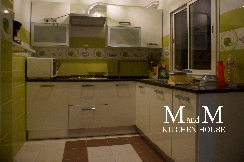 cuisine encastrable blanche avec deux niches meubles et. Black Bedroom Furniture Sets. Home Design Ideas