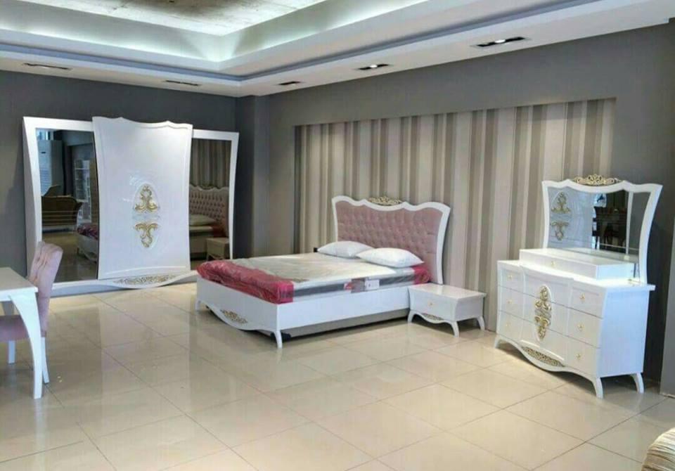 CHAMBRE A COUCHER ROSE ET BLANC - Meubles et décoration Tunisie